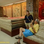 0656-Silk carpet factory