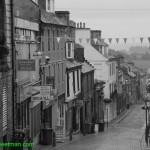 0500-Dumfermline streets in rain