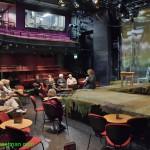 0587-Live theatre